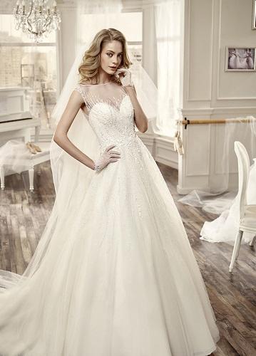 Abbigliamento sposa e cerimonia Vanity Store a Olgiate Comasco bf626ade405